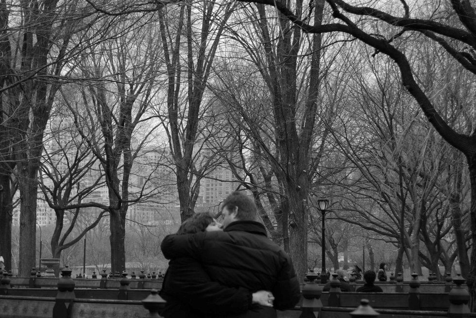 kissing in central park