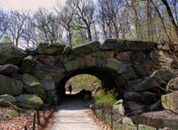 Huddlestone Arch (107th street)