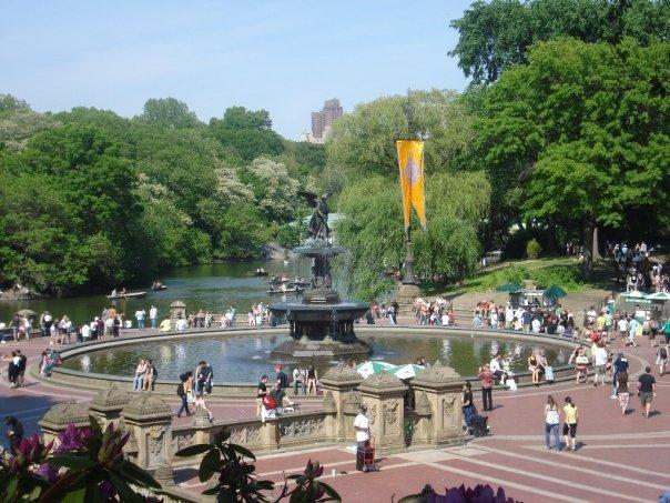 Busy Fountain