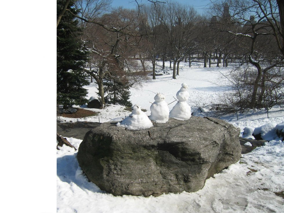 three snowpersons