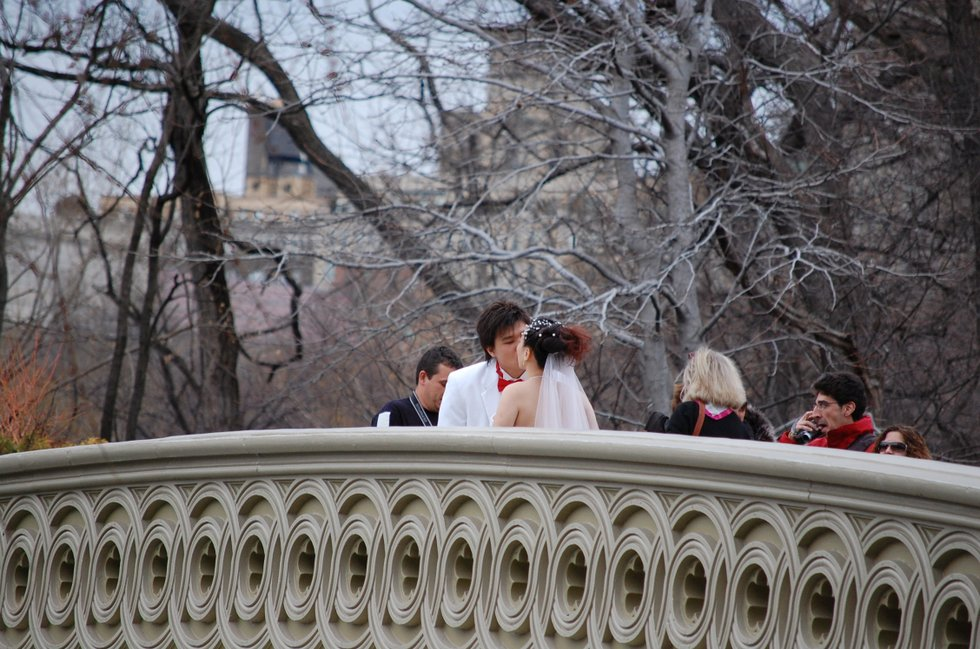 Bride & Groom on the bridge