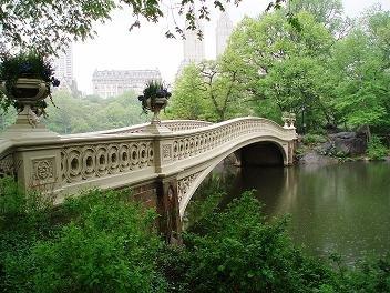 Bow Bridge in the rain