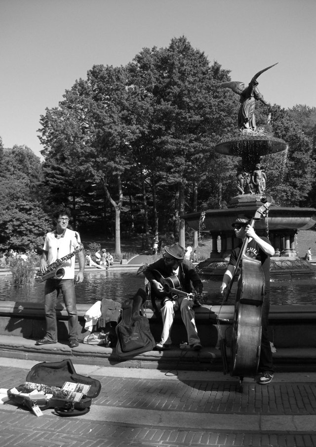 Musicians by Fountain