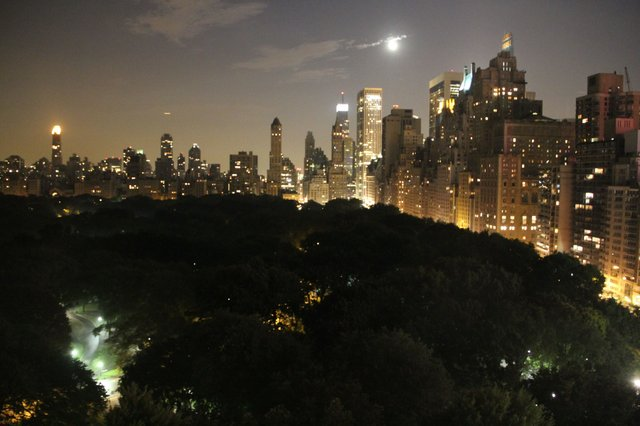 Full moon over Central Park
