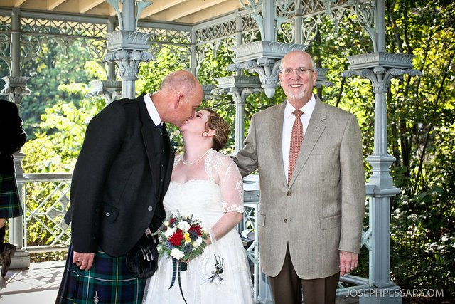 Joanne and Andrew Wed at Ladies Pavilion by Rev. Will