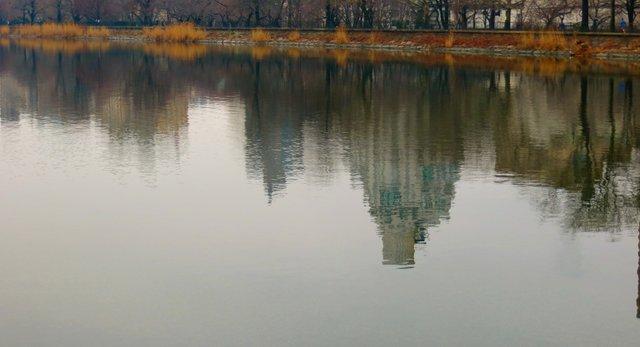 Around the Reservoir
