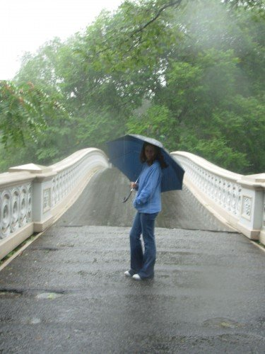 Lucy at Bow Bridge in the rain