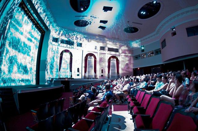 4-d theater