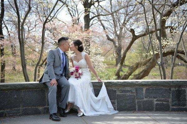 spring-wedding-at-shakespeare-garden.jpg