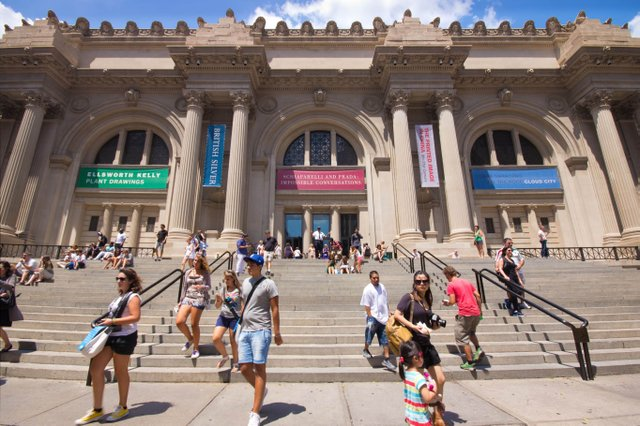 Metropolitan Museum of Art-depositphoto.jpg