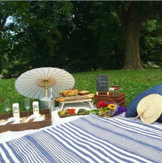 gold-picnic.png